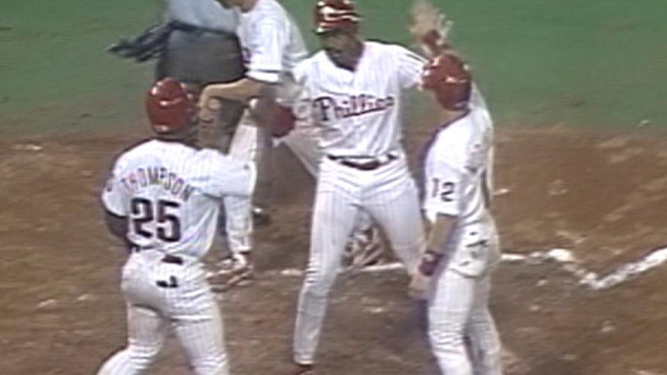 Jordan's three-run homer