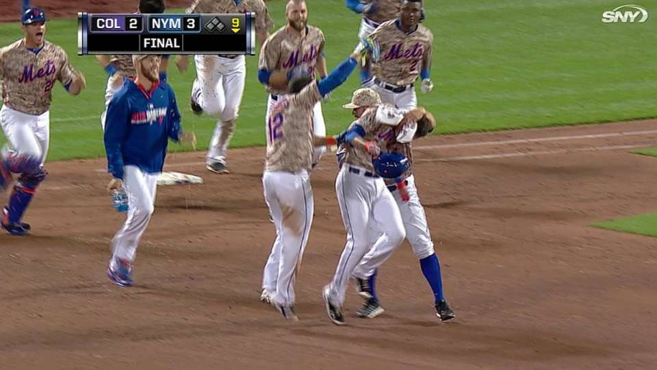 Flores' walk-off sac fly