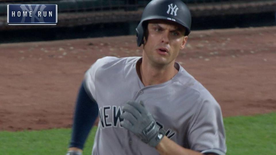 Bird's 3-run home run