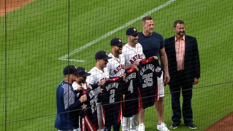 Watt gives jerseys to All-Stars
