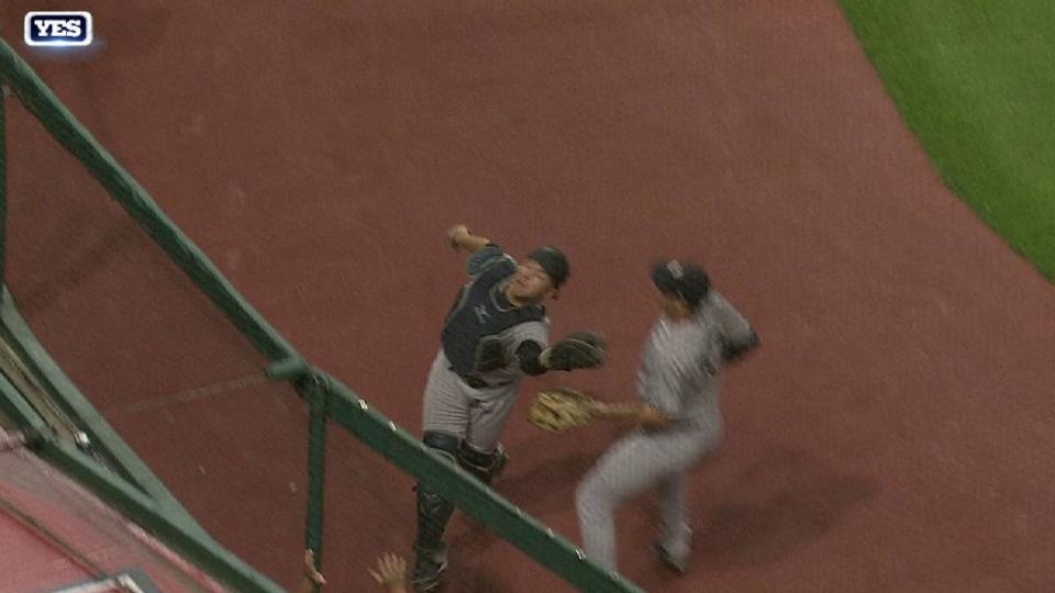 Romine's grab behind the plate