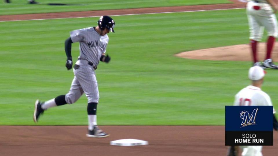 Shaw's solo smash in the 7th