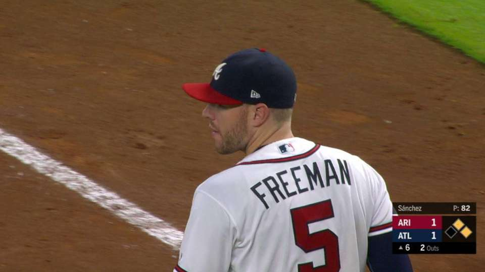 Freeman nabs Jay at the plate