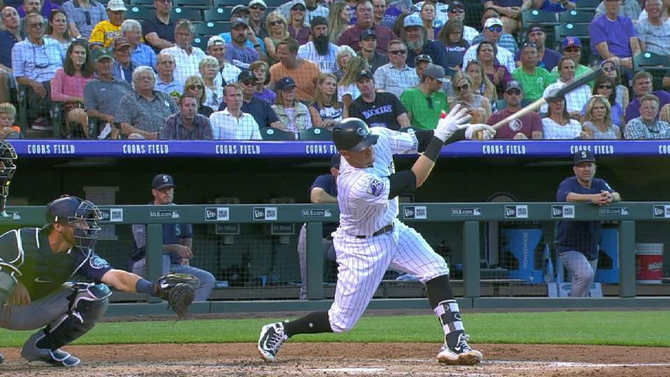 Story's 2-run homer to center