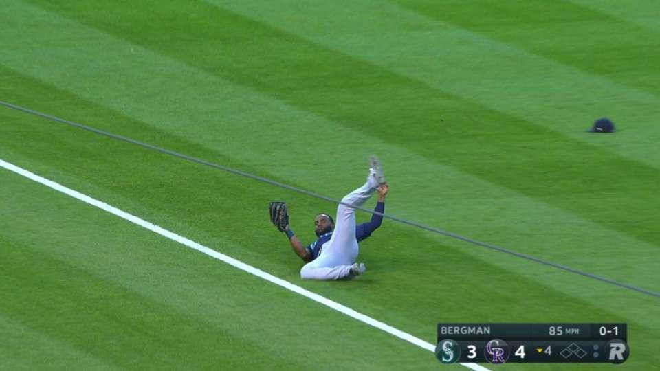 Span's excellent sliding catch