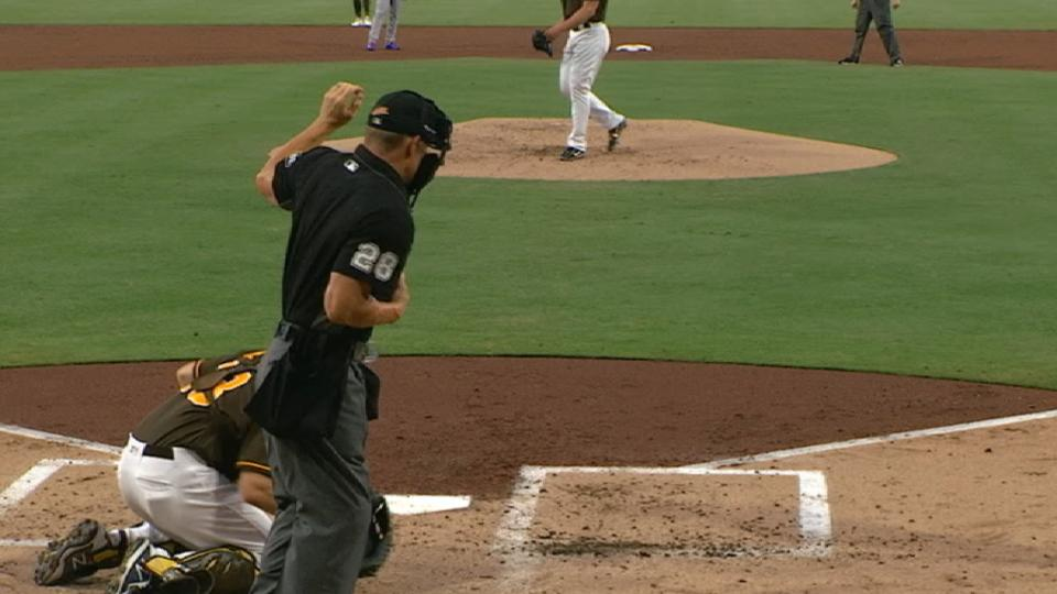 Richard shocks Hedges with pitch