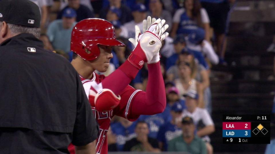 Ohtani's pinch-hit double