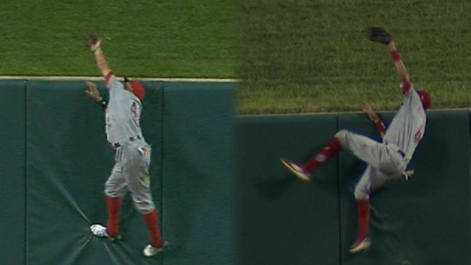 Hamilton robs 2 Carpenter homers