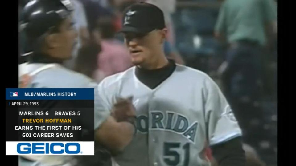 Hoffman's first save as a Marlin