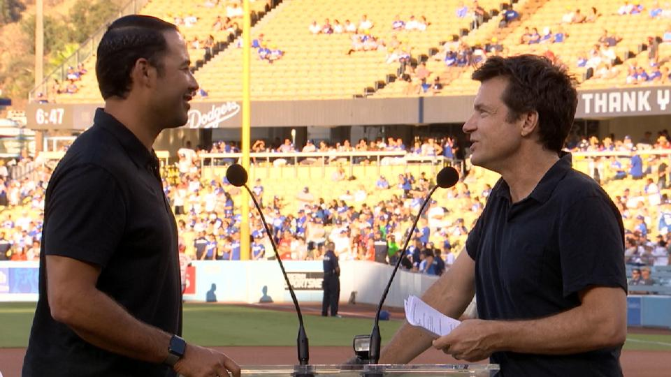 Ethier honored by Dodgers