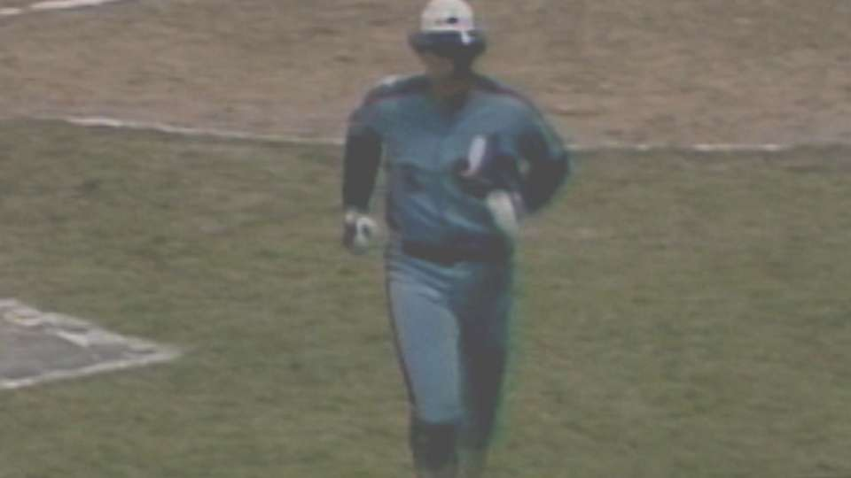 Carter homers twice in '81 ASG