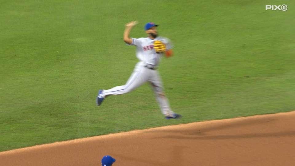 Rosario's jump throw