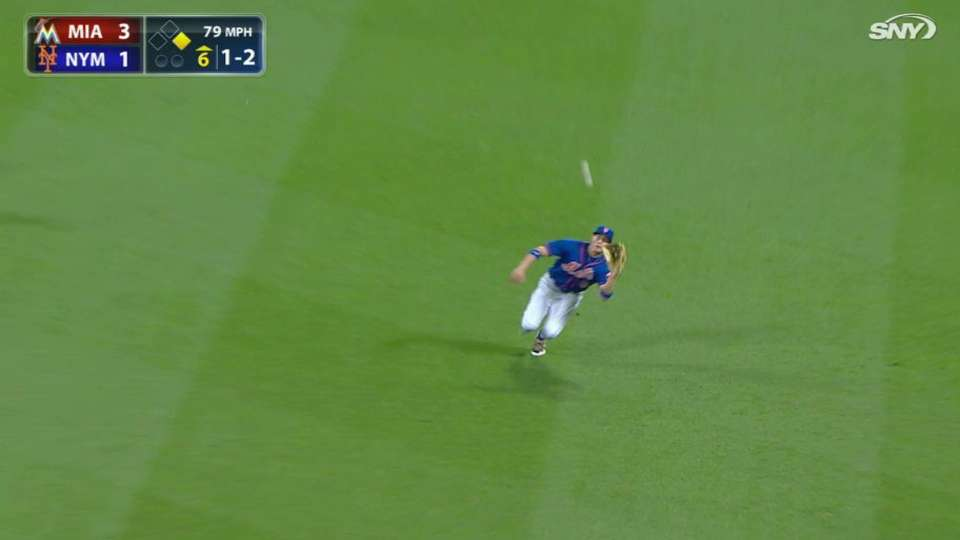 Nimmo's tough catch