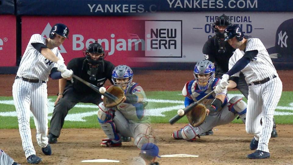 Walker homers from both sides