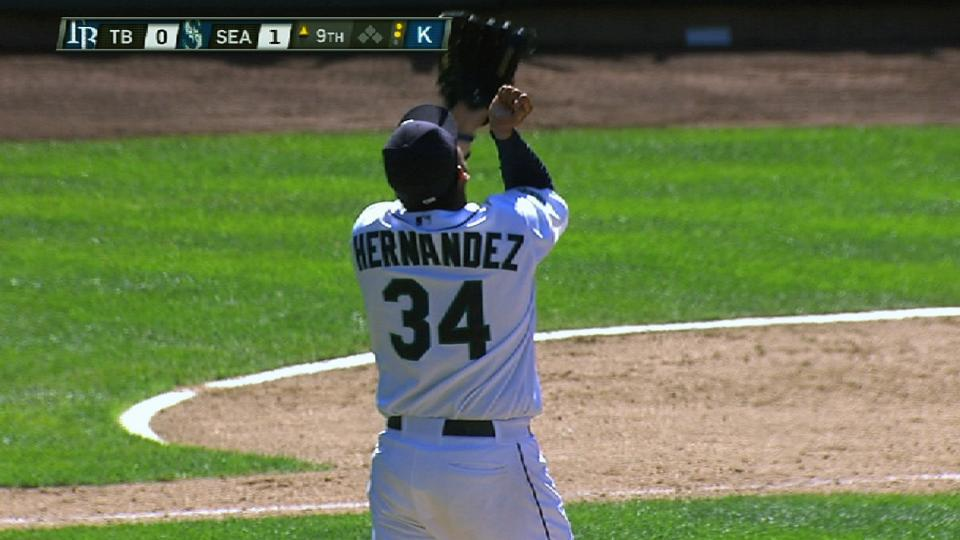 Felix finishes perfect game