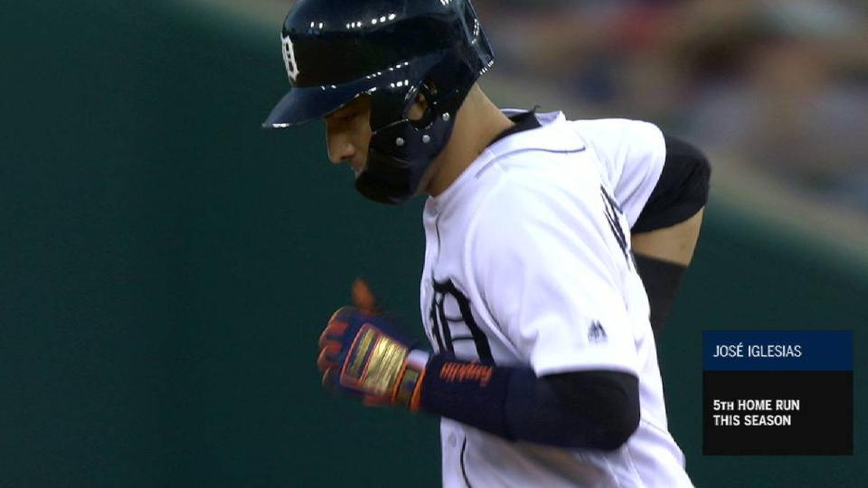 Iglesias' 2-run homer