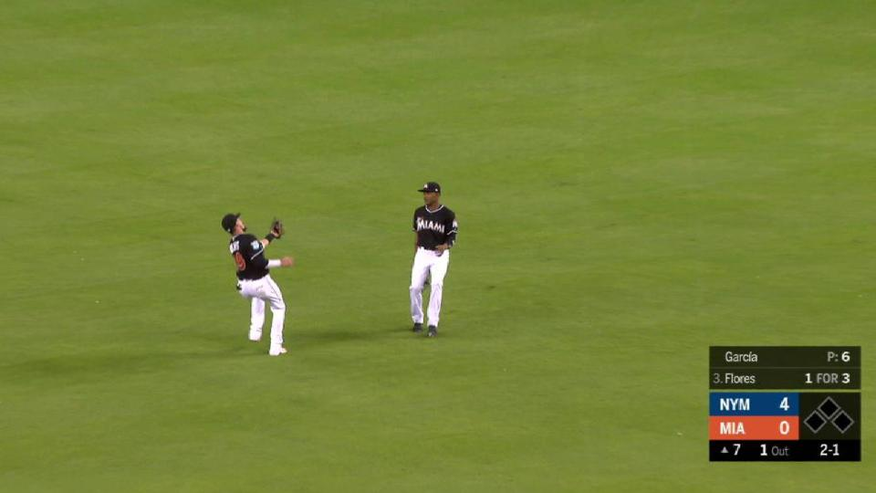 Rojas' over-the-shoulder catch