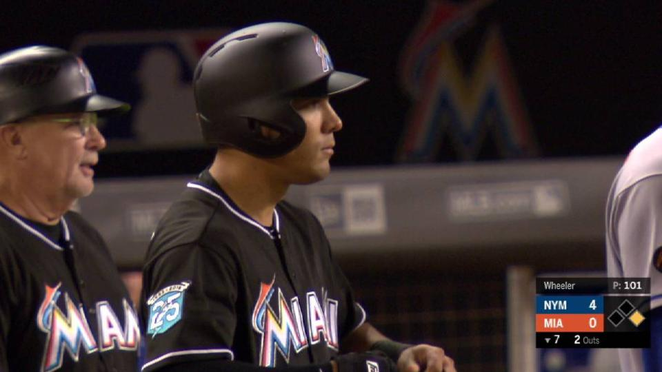 Ortega's 1st hit with Marlins