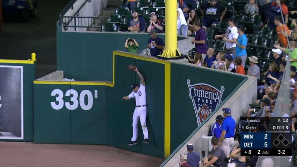 Castellanos' leaping catch