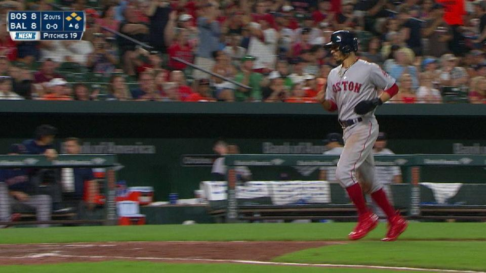 Bogaerts' game-tying walk in 6th