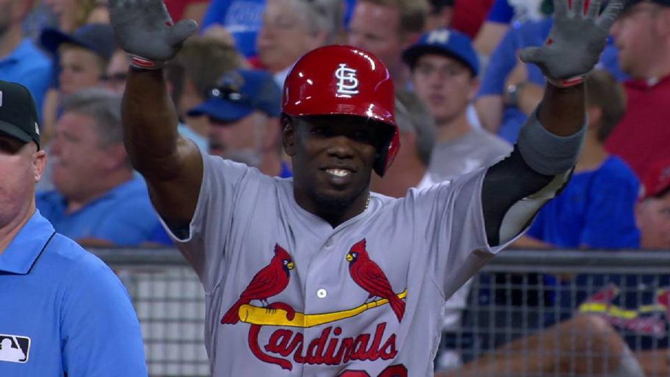 Garcia's 1st MLB hit