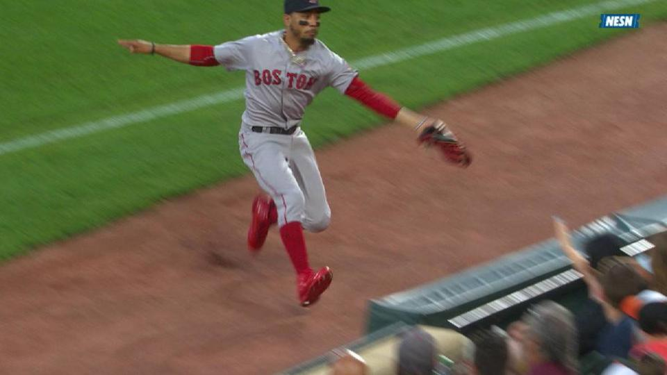 Betts' wonderful grab on the run