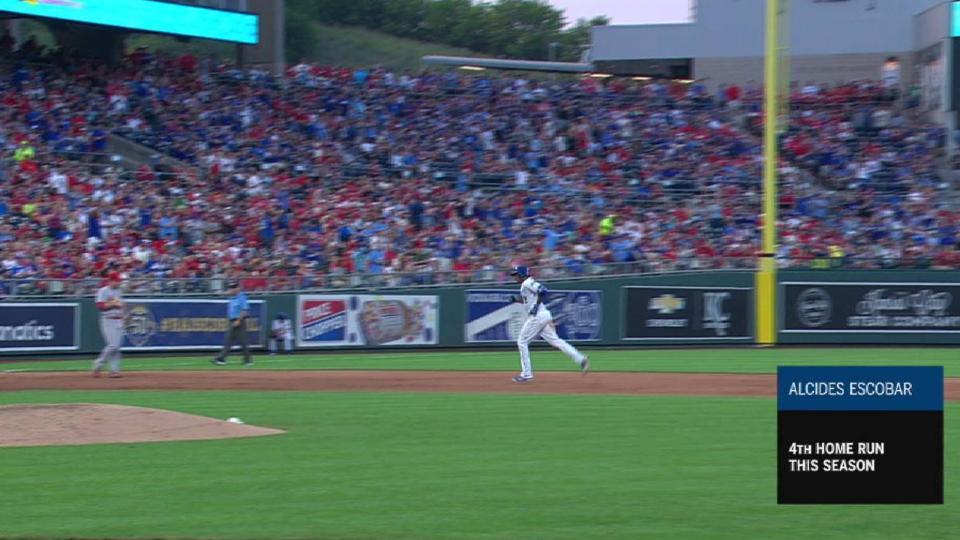 Escobar's 2-run home run