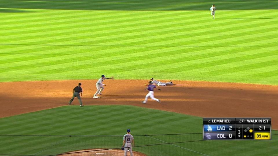 Dozier's dive starts double play