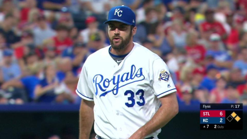 Royals turn inning-ending DP