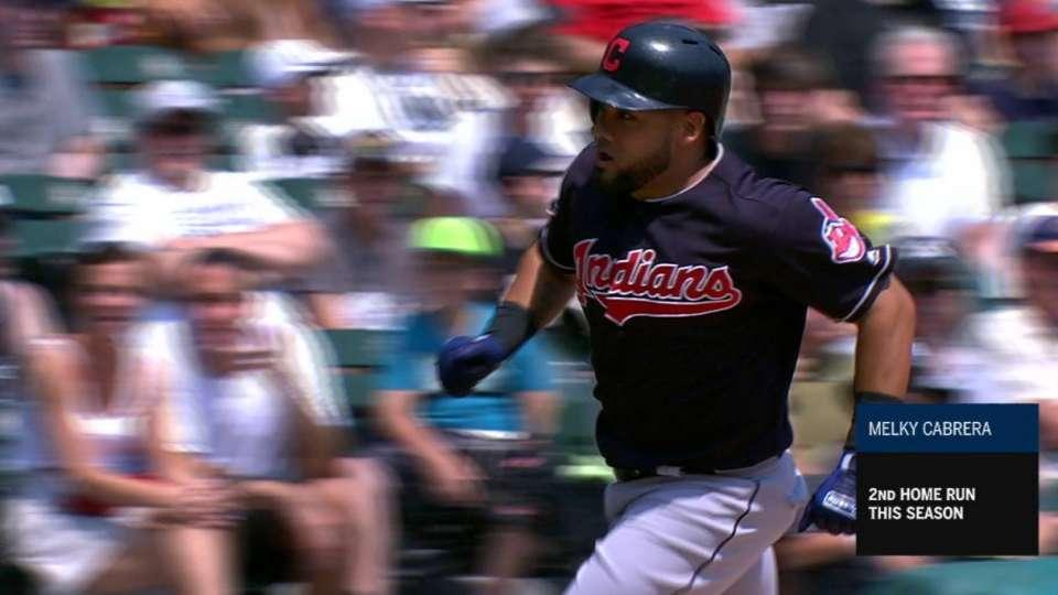 Cabrera's 3-run homer