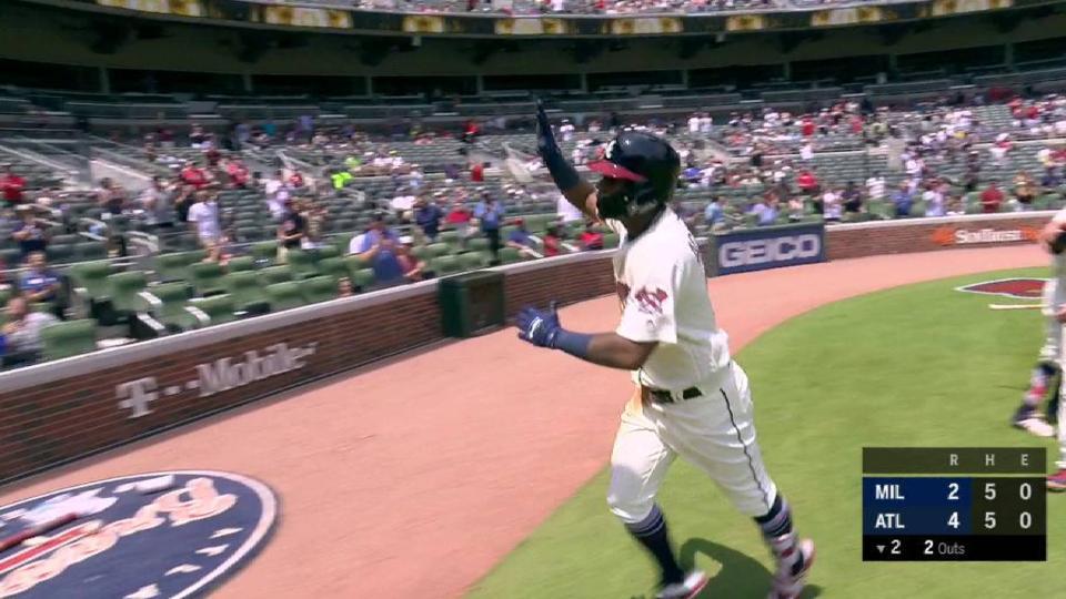 Acuna Jr.'s 2-run homer