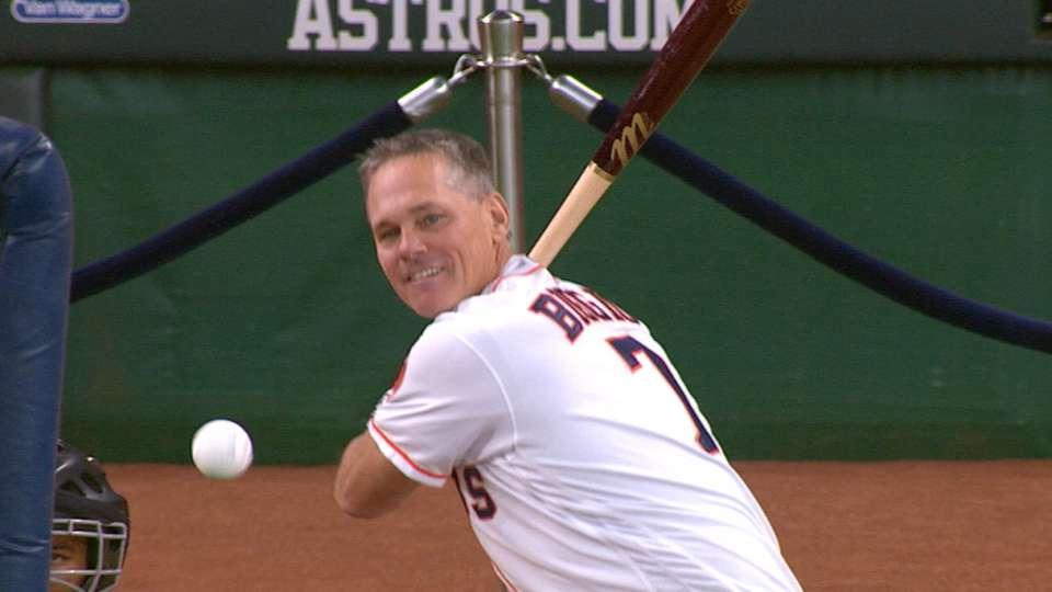 Astros host legends HR derby