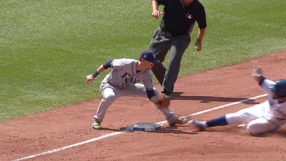 Perez throws out Travis