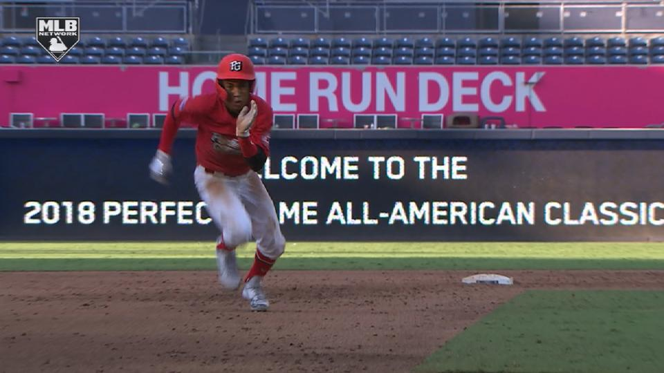 Nunez shows speed around bases