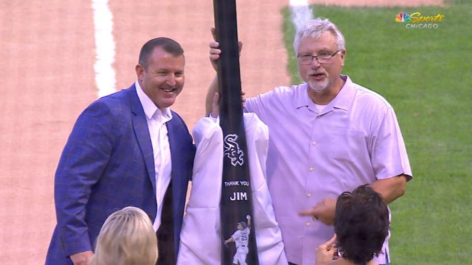 White Sox celebrate Jim Thome