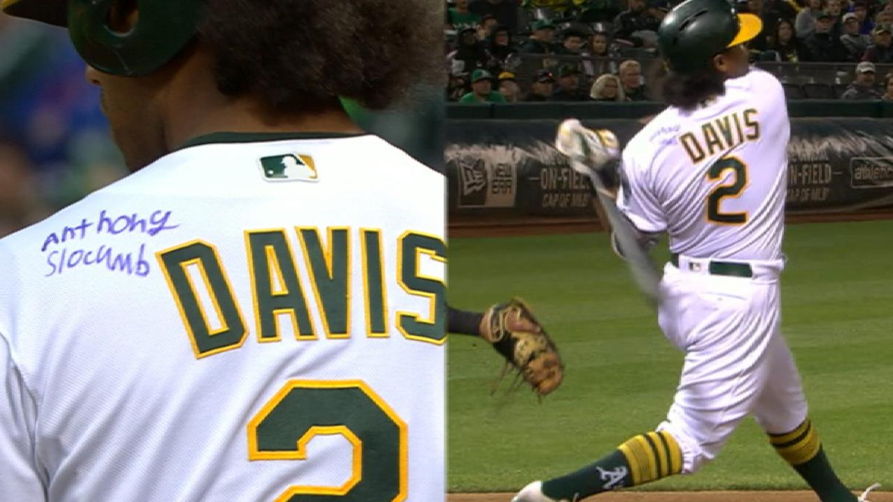 buy popular a3966 7119a A's Khris Davis crushes home run while wearing jersey signed ...
