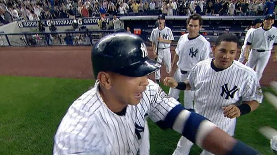 Yankees walk off on an error