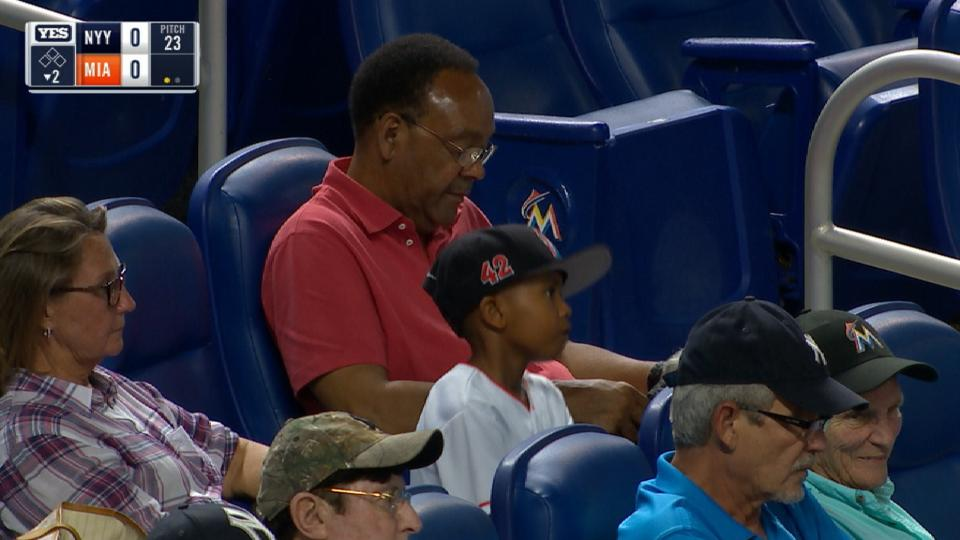 Jeter's family at the game