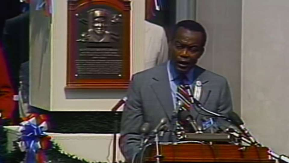 Irvin inducted into Hall of Fame