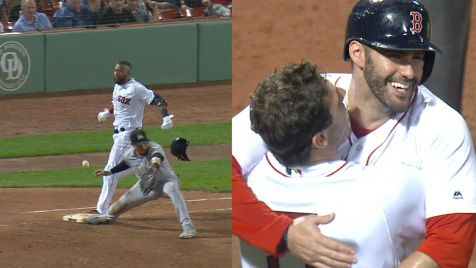 Red Sox walk off on error in 9th