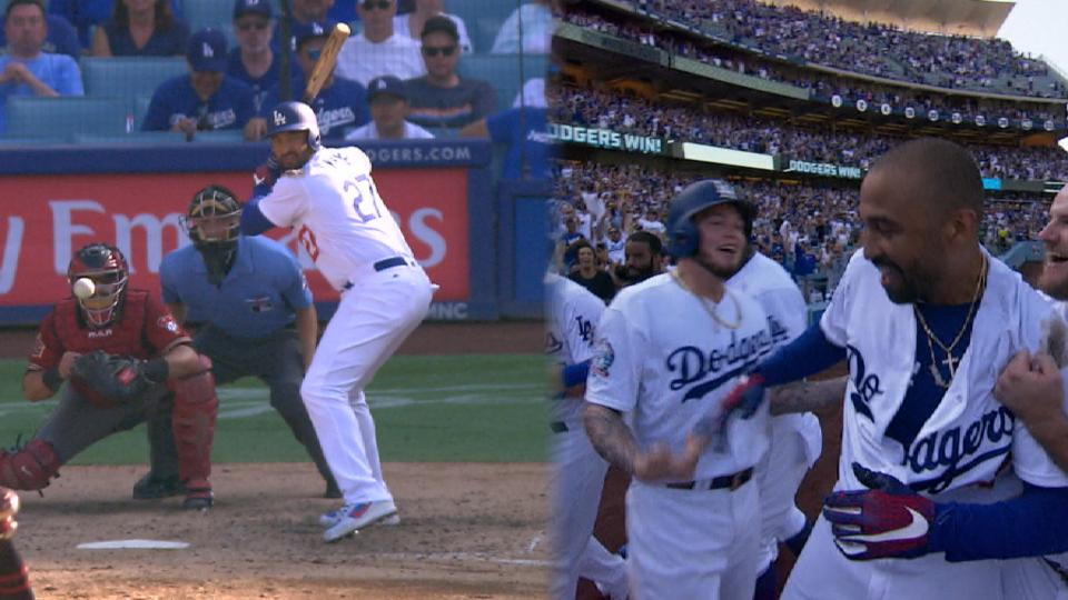 Kemp's 2-run walk-off double