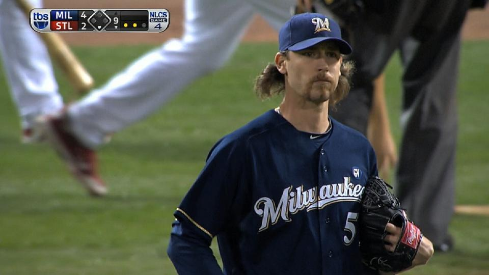 Axford closes out Game 4