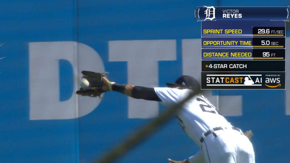 Statcast: Reyes' diving catch