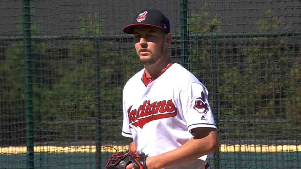 Bauer throws to live batters
