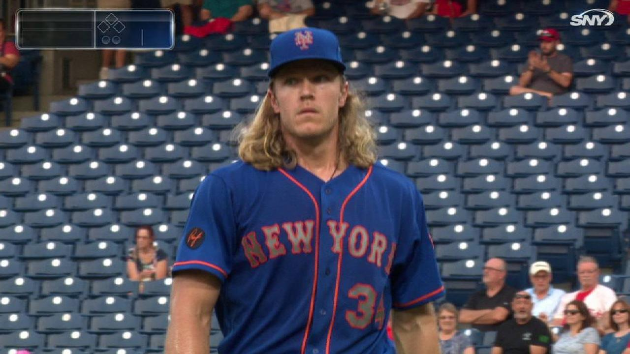 Syndergaard allows 2 homers in loss to Phillies