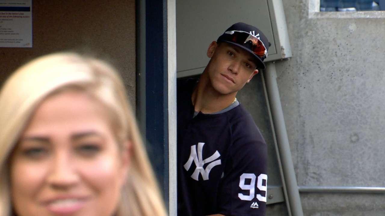 timeless design 4563e c8a33 Aaron Judge photobombed a pregame dugout report | MLB.com