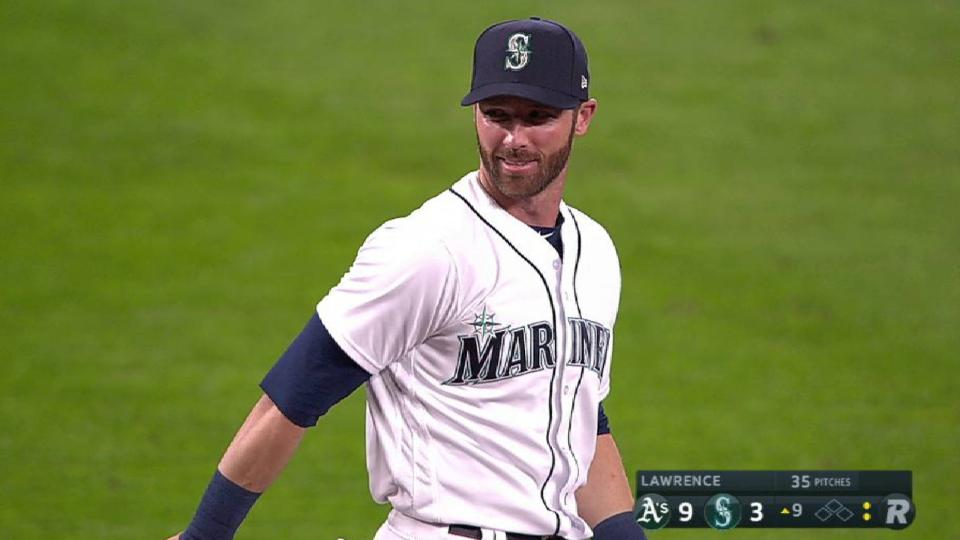Mariners' quick double play