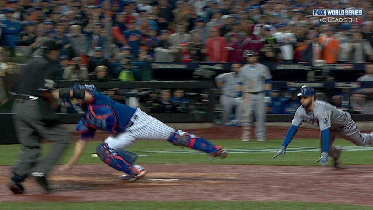 Eric Hosmer's game-tying run in Game 5 | MLB com
