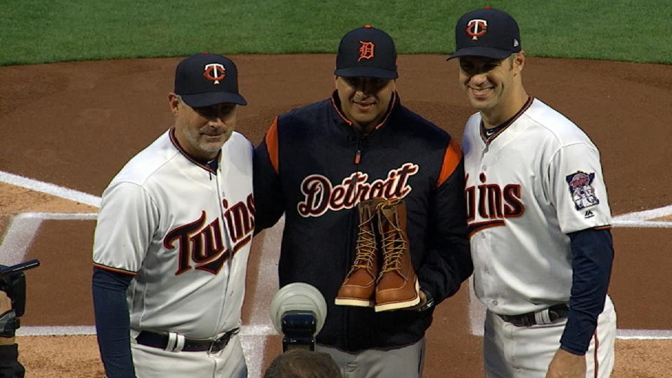 Mauer gives boots to V-mart
