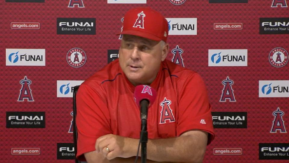 Scioscia steps down from Angels